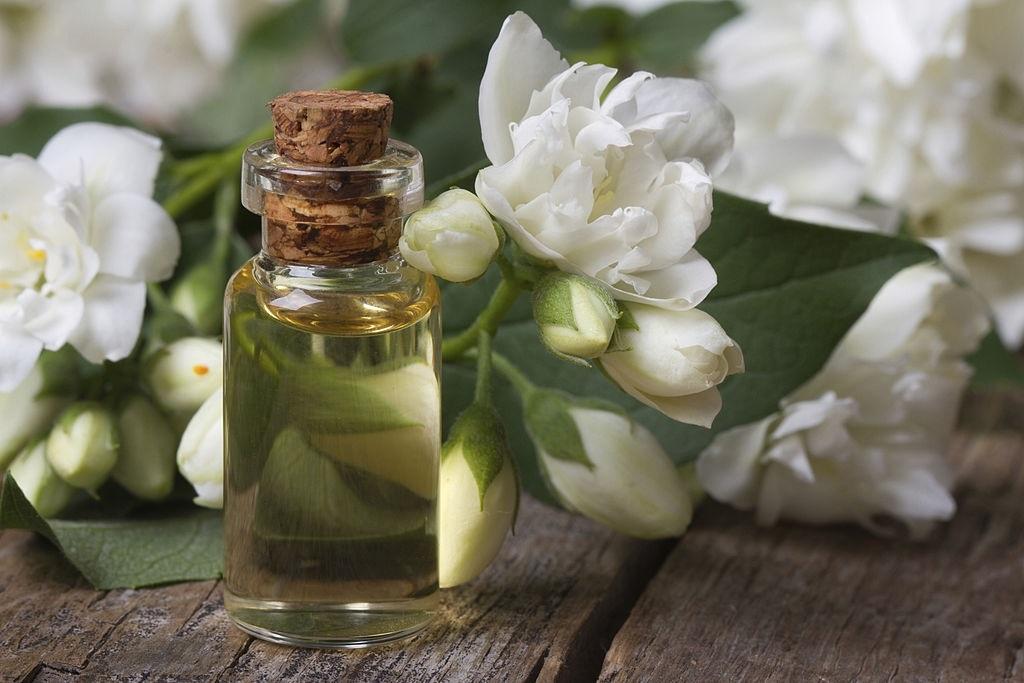 fragrant-jasmine-essence
